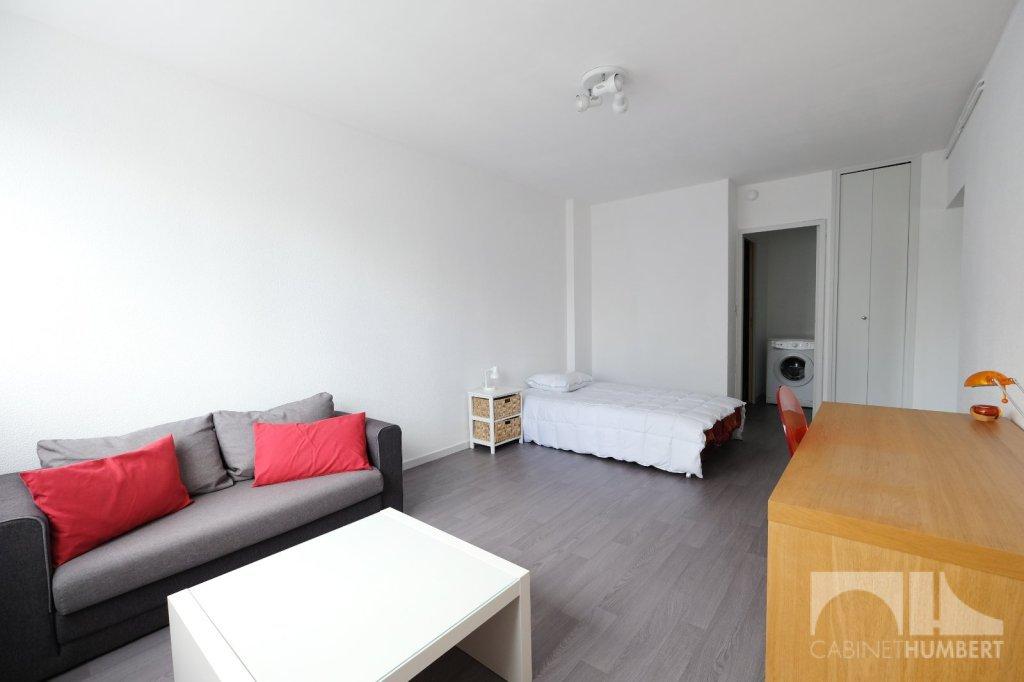 APPARTEMENT T1 A LOUER - ST ETIENNE LA MÉTARE - 40,25 m2 - 455 € charges comprises par mois