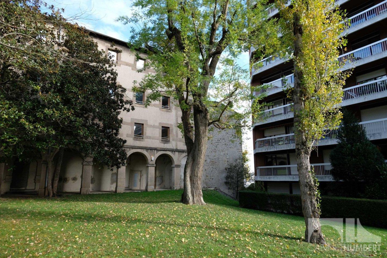 APPARTEMENT T2 A LOUER - ST ETIENNE BEL AIR - 50 m2 - 550 € charges comprises par mois