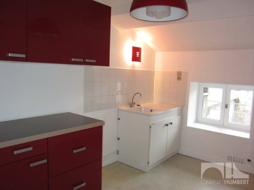 APPARTEMENT T2 A LOUER - ST ETIENNE HOTEL DE VILLE - 45,32 m2 - 360 € charges comprises par mois