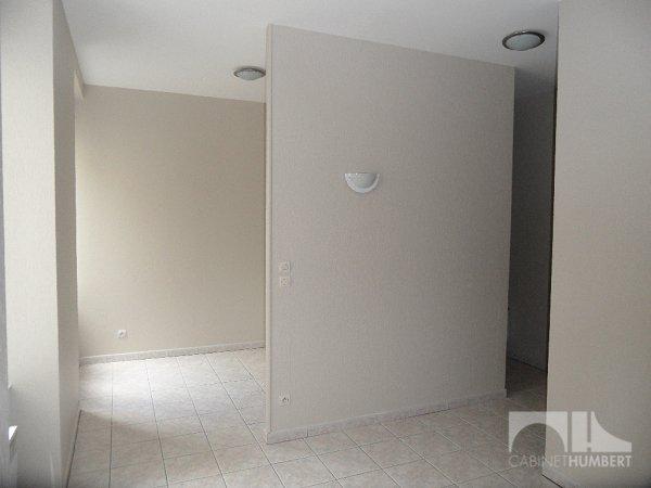APPARTEMENT T2 A LOUER - ST ETIENNE PREFECTURE - 36,98 m2 - 315 € charges comprises par mois