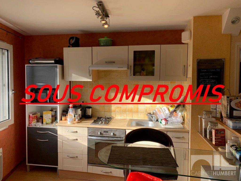 APPARTEMENT T2 A VENDRE - ST ETIENNE FAURIEL - 48,76 m2 - 55000 €
