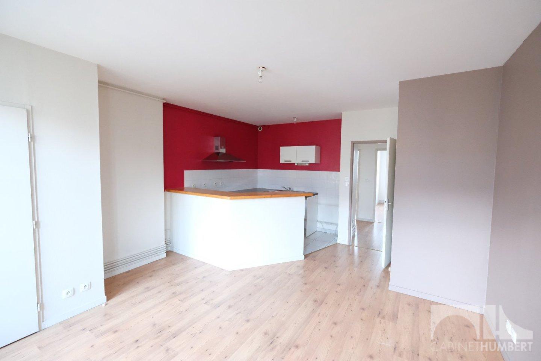 APPARTEMENT T3 A LOUER - ST ETIENNE CENTRE VILLE - 50,93 m2 - 480 € charges comprises par mois