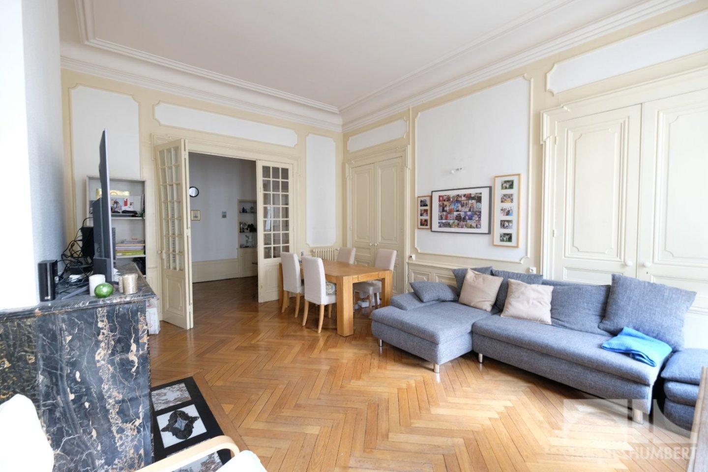 APPARTEMENT T3 A LOUER - ST ETIENNE CENTRE VILLE - 121 m2 - 780 € charges comprises par mois