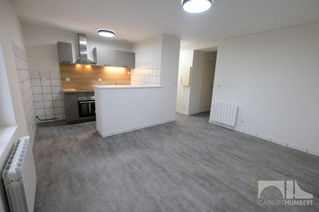 APPARTEMENT T3 A LOUER - ST ETIENNE FAURIEL - 50,25 m2 - 438 € charges comprises par mois