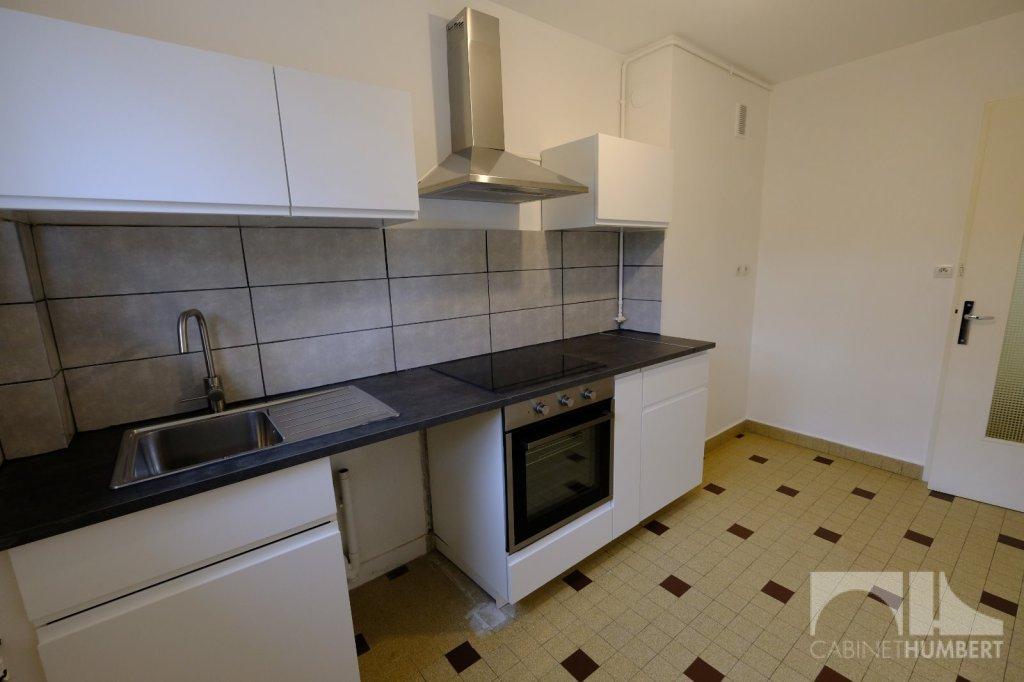 APPARTEMENT T3 A LOUER - ST ETIENNE FAURIEL - 57,86 m2 - 537 € charges comprises par mois