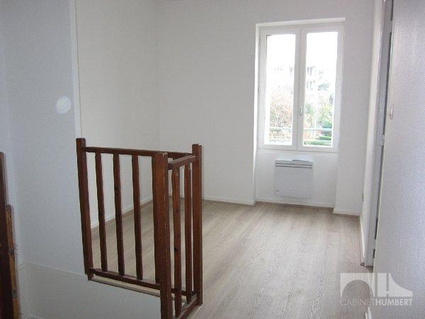 APPARTEMENT T3 A LOUER - ST ETIENNE MONTPLAISIR - 75 m2 - 455 € charges comprises par mois