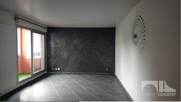 APPARTEMENT T3 - ST ETIENNE PROCHE CENTRE COMMERCIAL - 70,69 m2 - LOUÉ