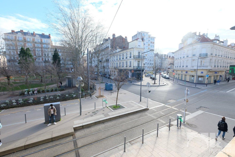 APPARTEMENT T3 - ST ETIENNE BADOUILLÈRE - 72,8 m2 - 115000 €