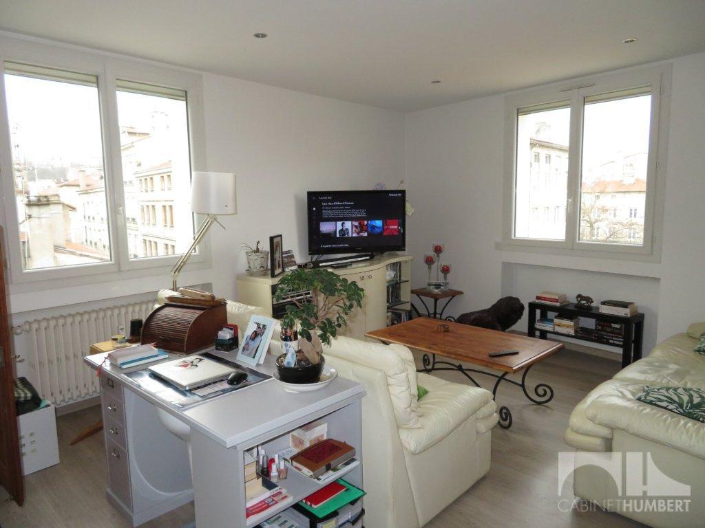 APPARTEMENT T3 A VENDRE - ST ETIENNE FAURIEL - 71,61 m2 - 85000 €