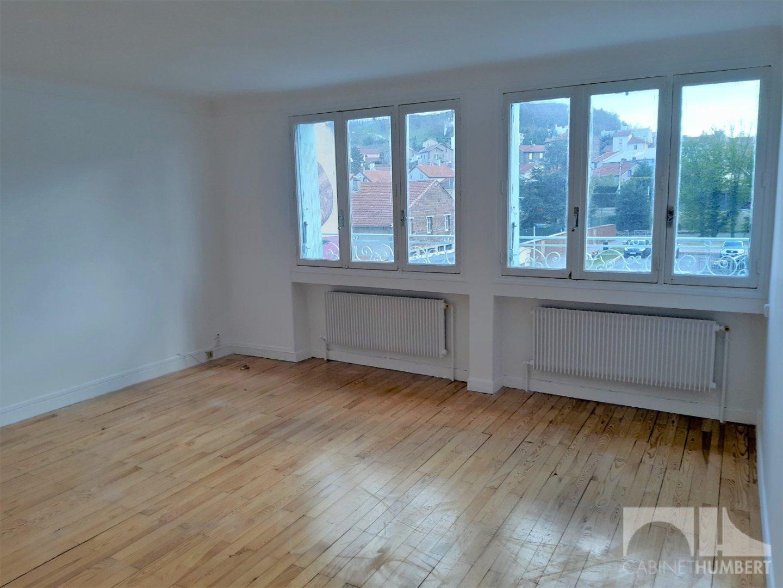 APPARTEMENT T4 A LOUER - ROCHE LA MOLIERE - 100 m2 - 603 € charges comprises par mois