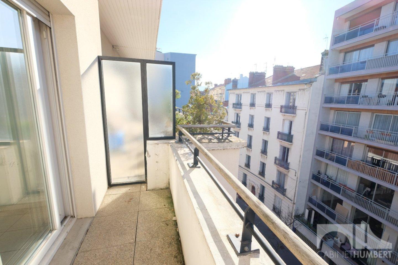 APPARTEMENT T4 A VENDRE - ST ETIENNE BADOUILLÈRE - 98,7 m2 - 135000 €