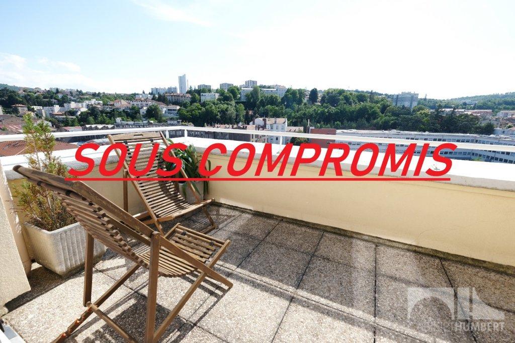 APPARTEMENT T4 A VENDRE - ST ETIENNE FACULTE / CENTRE DEUX - 72 m2 - 129000 €