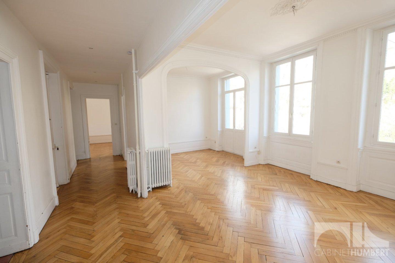 APPARTEMENT T5 A VENDRE - ST ETIENNE BADOUILLÈRE - 150,58 m2 - 239000 €