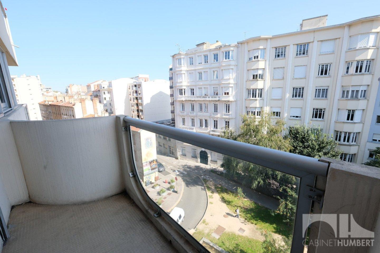 APPARTEMENT T5 A VENDRE - ST ETIENNE BADOUILLÈRE - 91,15 m2 - 139000 €