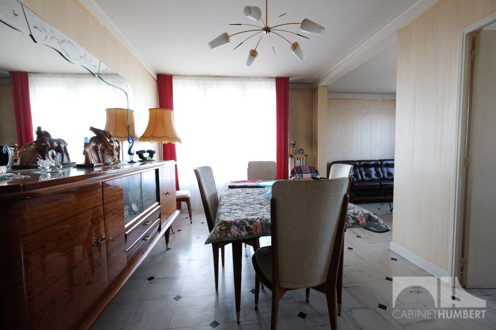 APPARTEMENT T5 A VENDRE - ST ETIENNE FAURIEL - 93,86 m2 - 69000 €