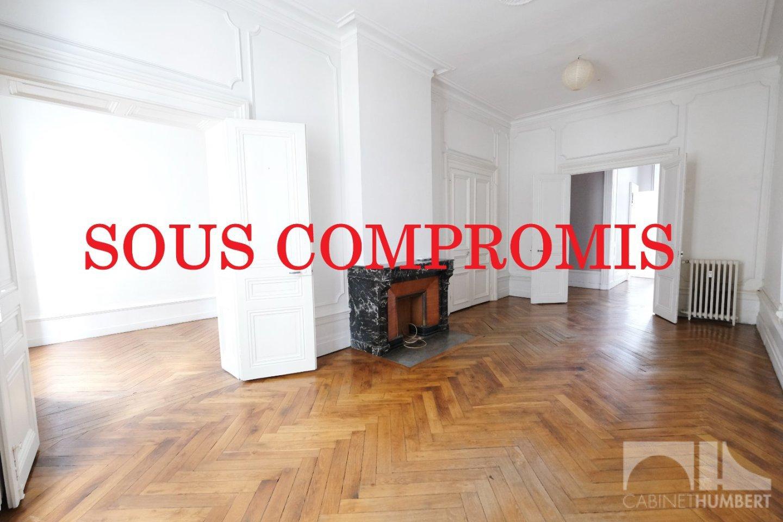 APPARTEMENT T6 A VENDRE - ST ETIENNE CENTRE VILLE - 225,75 m2 - 248000 €