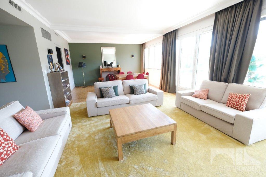 APPARTEMENT T6 A VENDRE - ST ETIENNE FAURIEL - 164,83 m2 - 197000 €